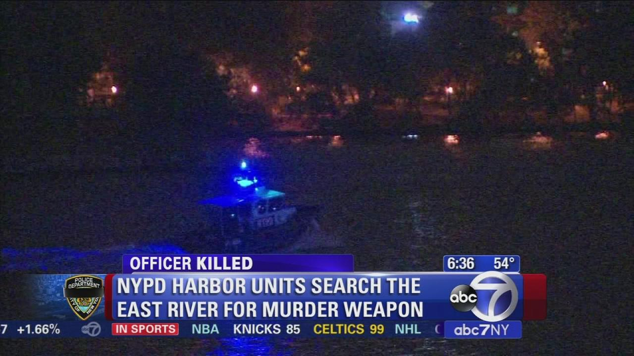 NYPD still looking for weapon in police shooting