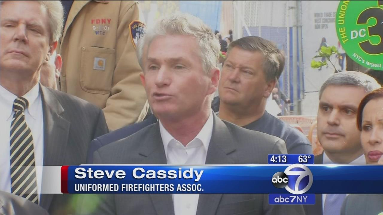 9/11 first responders protesting Zadroga Act