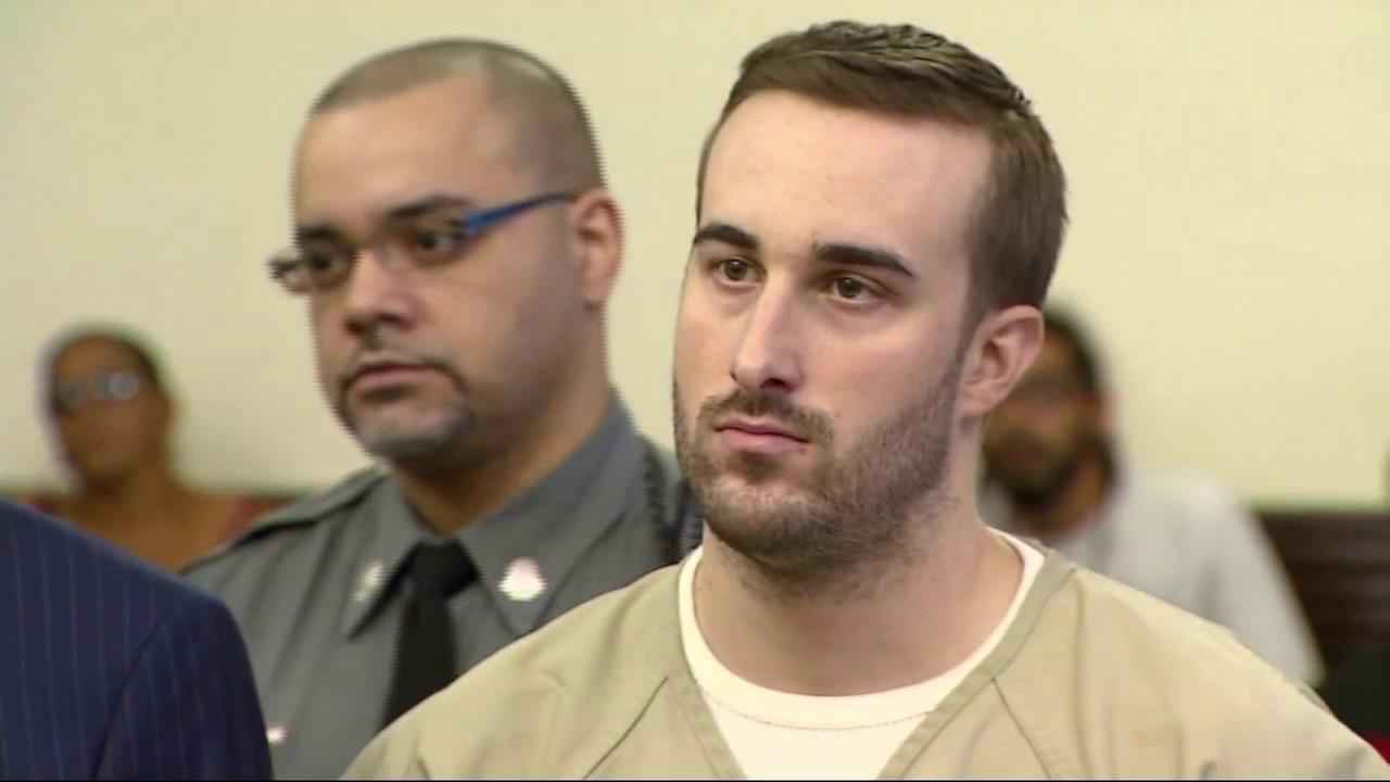 Connecticut man pleads guilty to murdering his parents