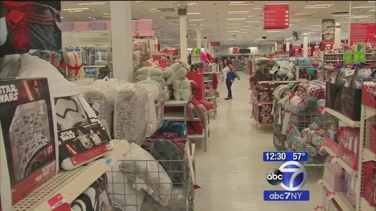Some stores open on Thanksgiving Day