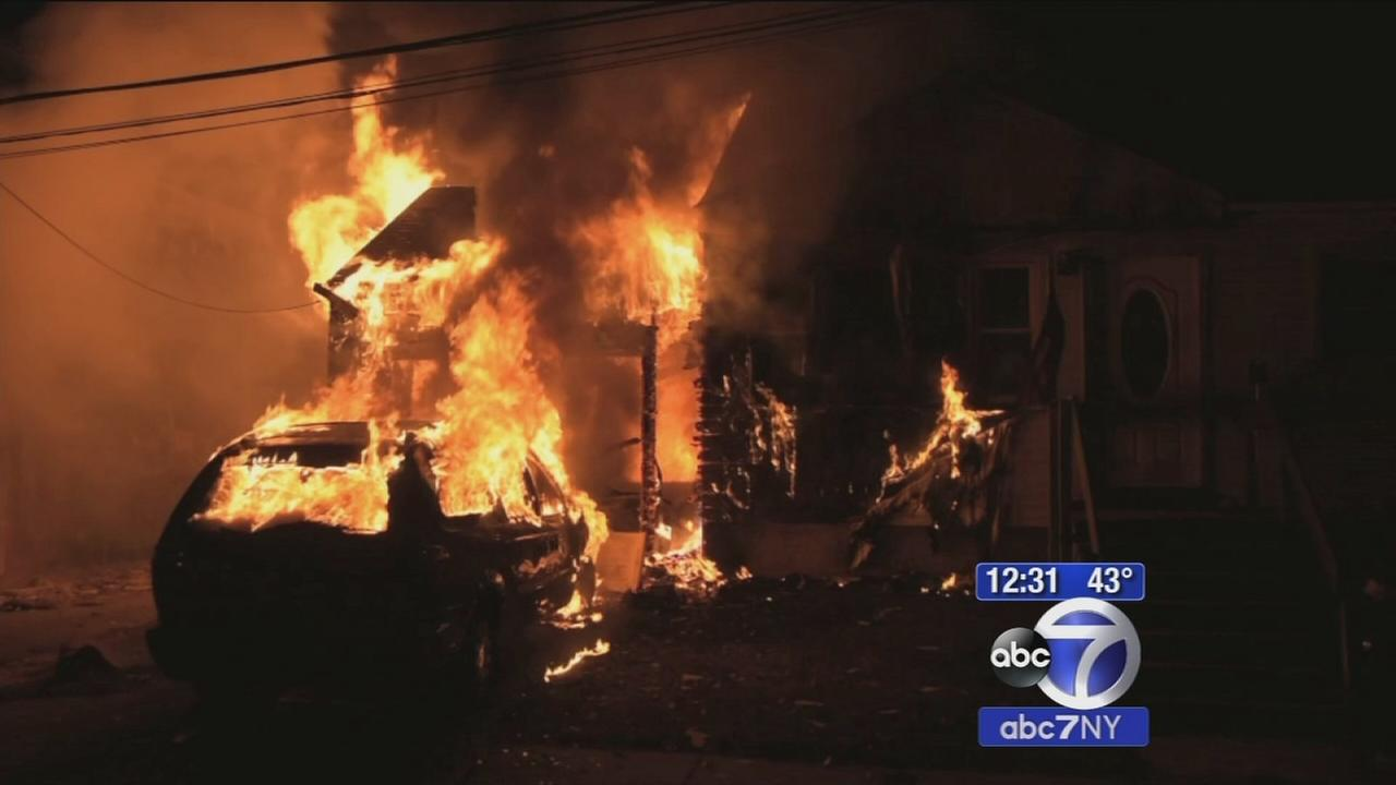 Neighbor saves man from burning home