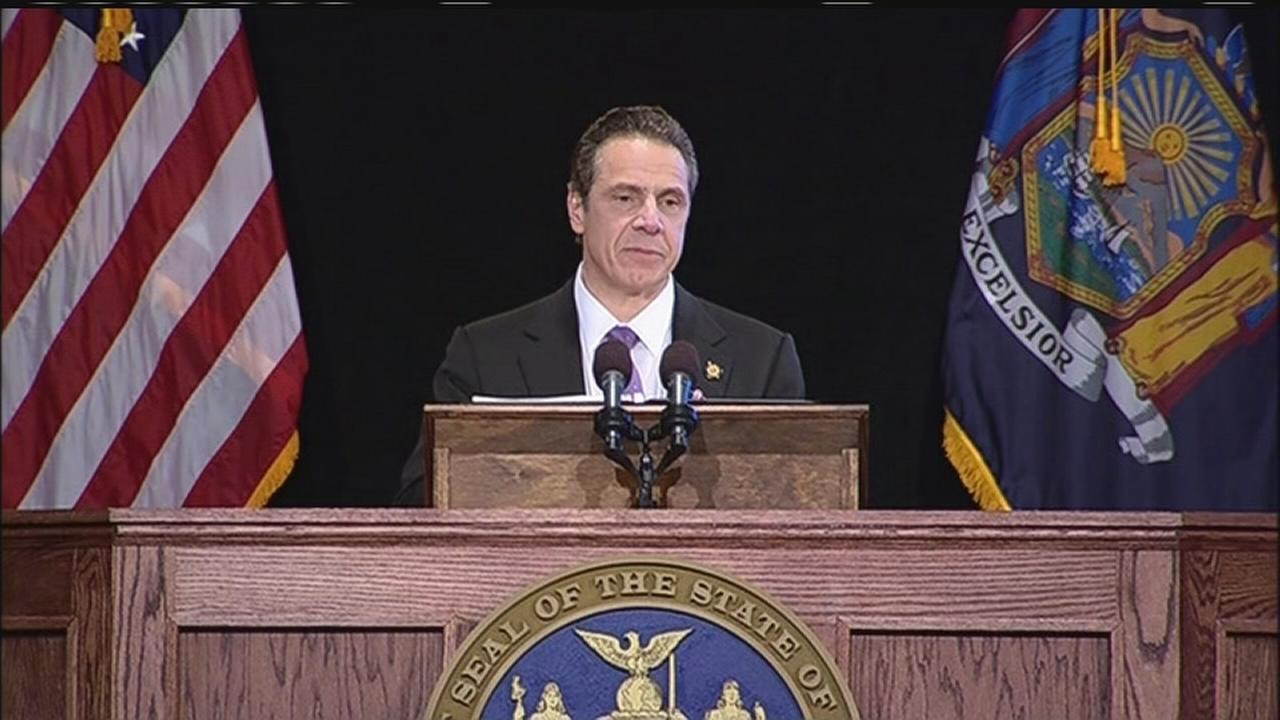 Assembyman heckles governor during speech
