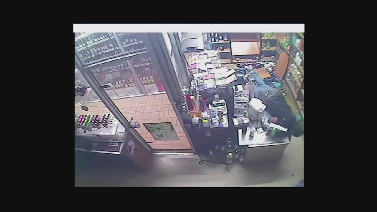 Brooklyn liquor store burglary