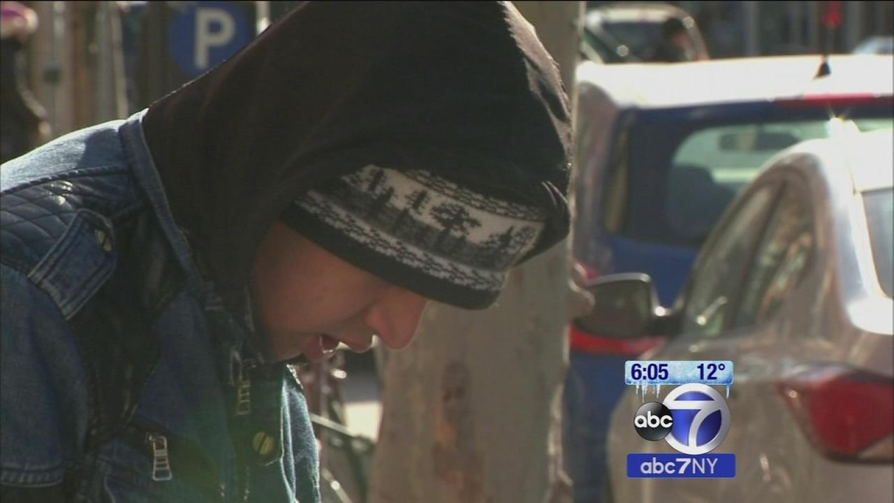 Mayor Bill de Blasio warns New Yorkers to take precautions in extreme cold