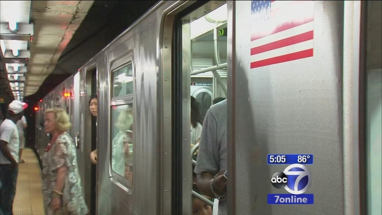 Power dip briefly stalls subway service