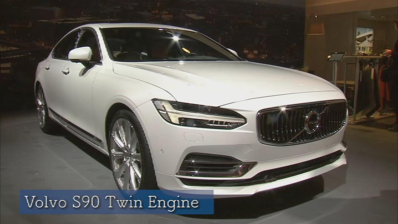 New York Auto Show: Volvo Twin Engine