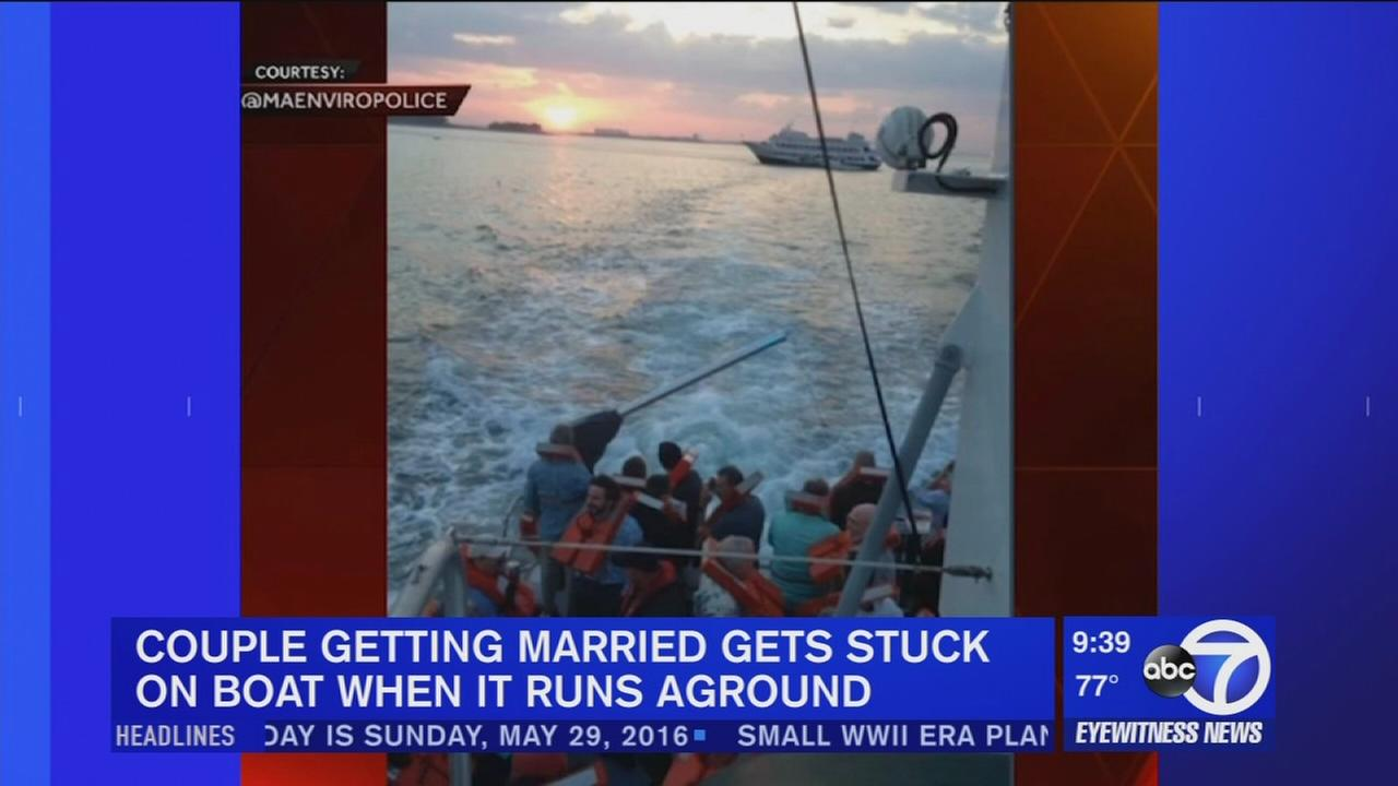 Ship hosting wedding runs aground