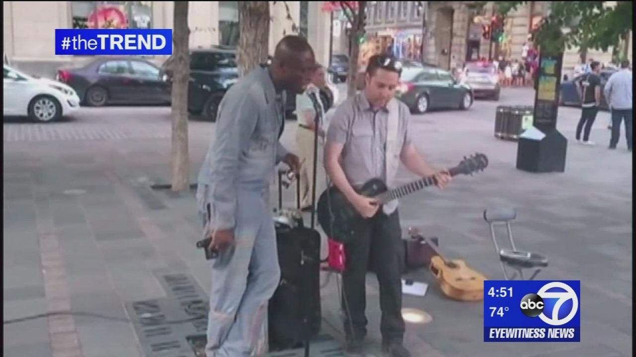 The Trend: Seal joins street singer for impromptu performance