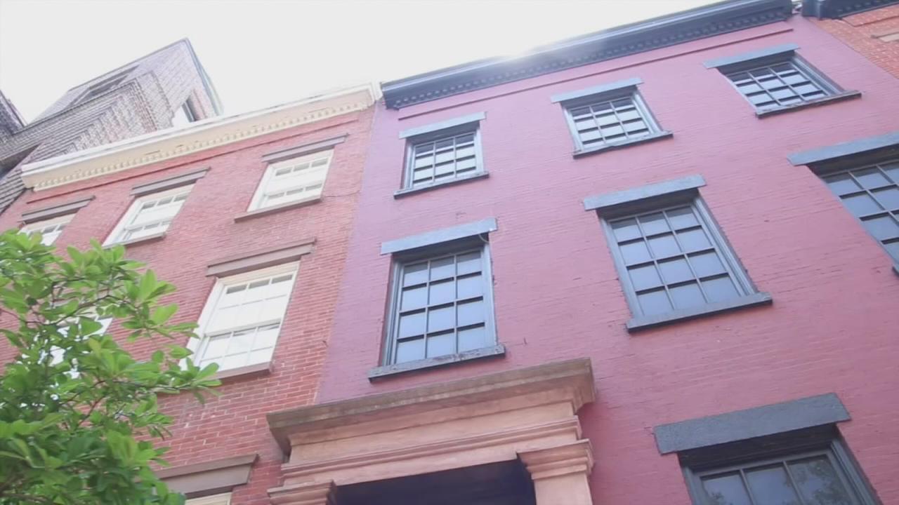 Hidden New York: Fake house