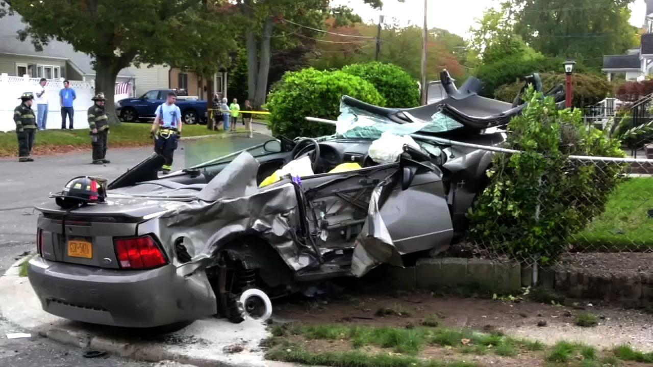 Police pursuit ends in wild crash, trapping 2 in car in Lindenhurst ...