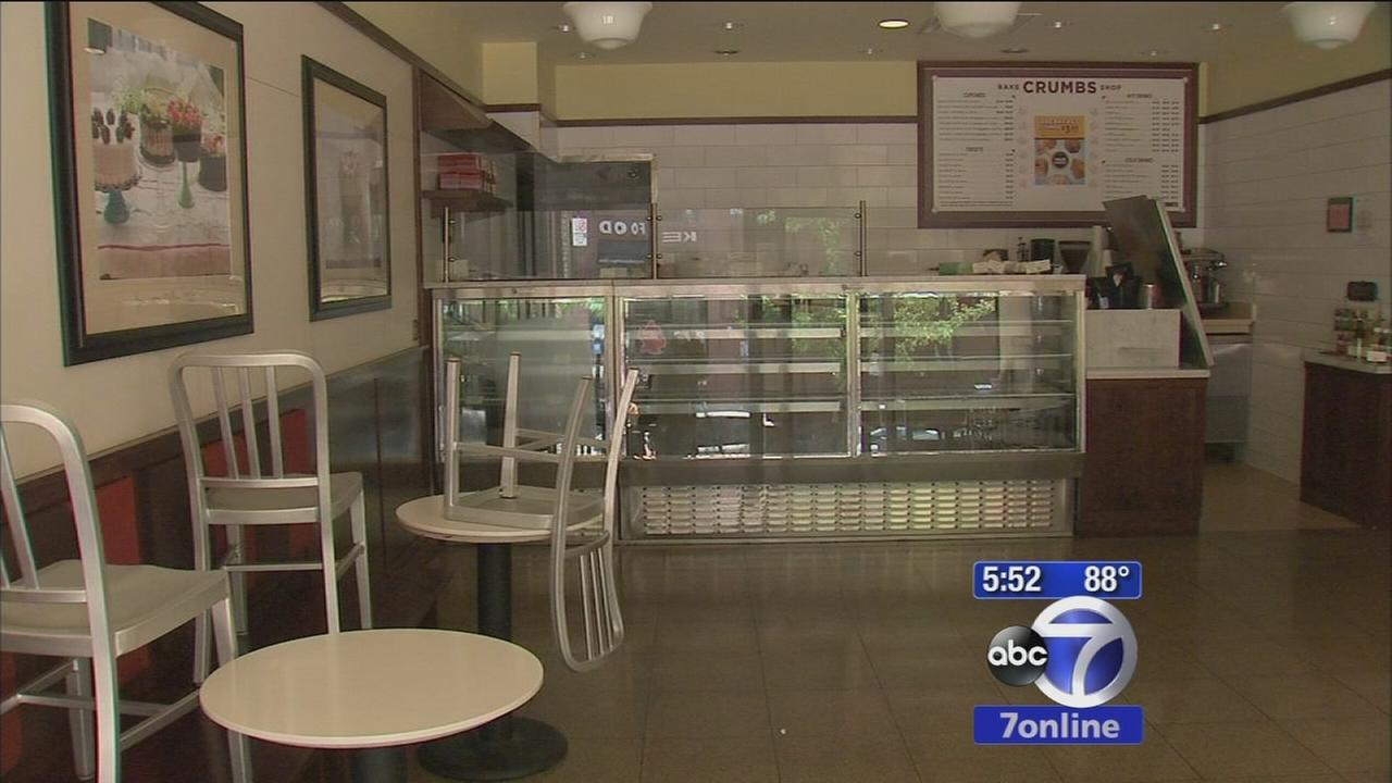 Crumbs cupcake shops close