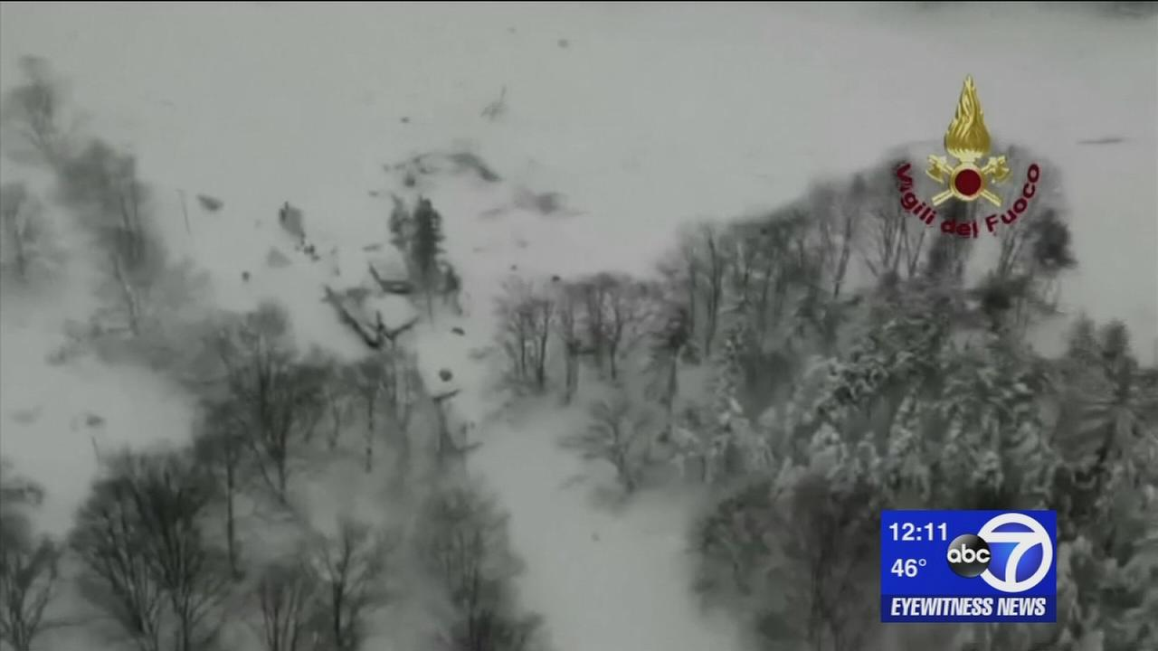 Search for survivors after Italy avalanche