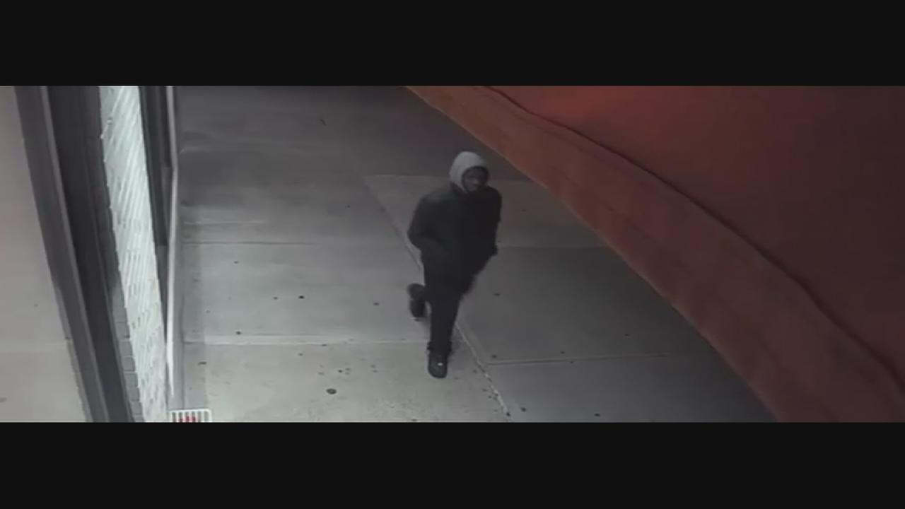 Suspect wanted in Upper West Side robbery