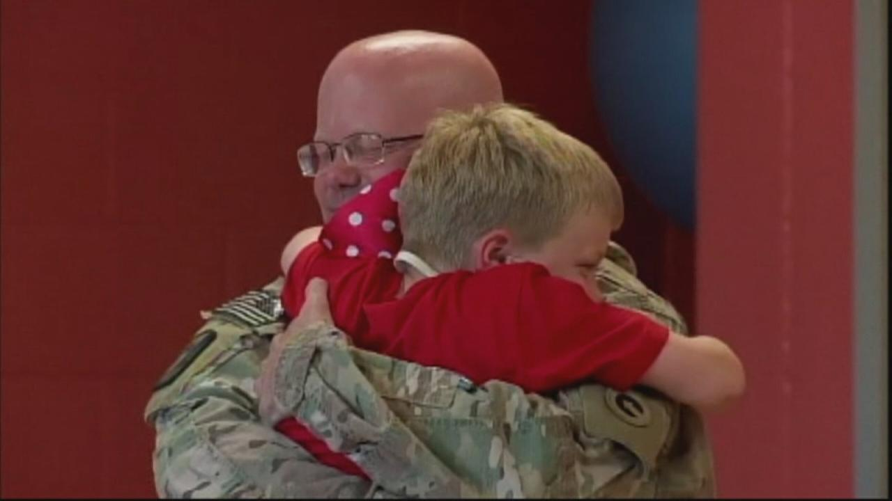 Soldier returns home from Afghanistan, surprises kids at camp
