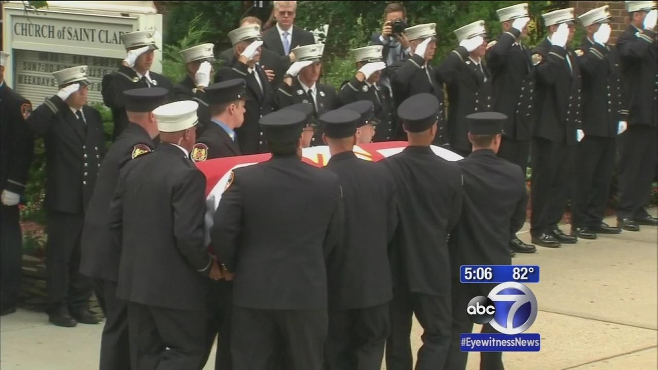 Funeral held for Lieutenant killed in Brooklyn blaze