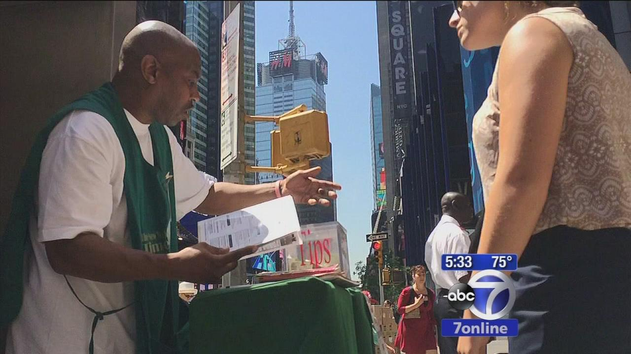 Investigators: Times Square donation scam