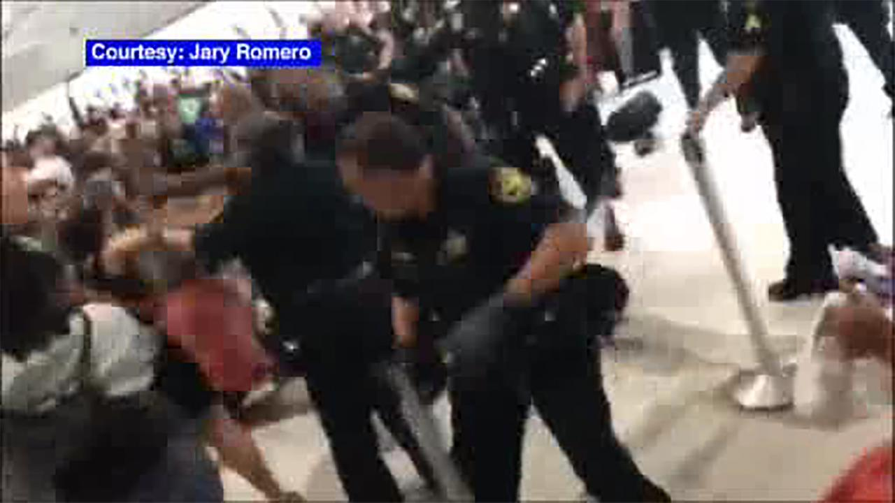 Chaos Breaks Out At Fort Lauderdale Airport After Flights