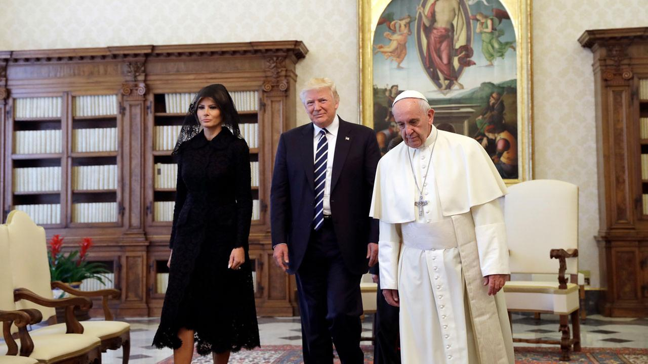 U.S. President Donald Trump and first lady Melania Trump meet with Pope Francis, Wednesday, May 24, 2017, at the Vatican. (AP Photo/Evan Vucci, Pool)