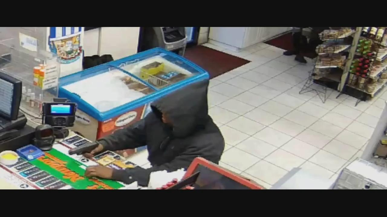 Man wanted in 3 Queens gas station robberies