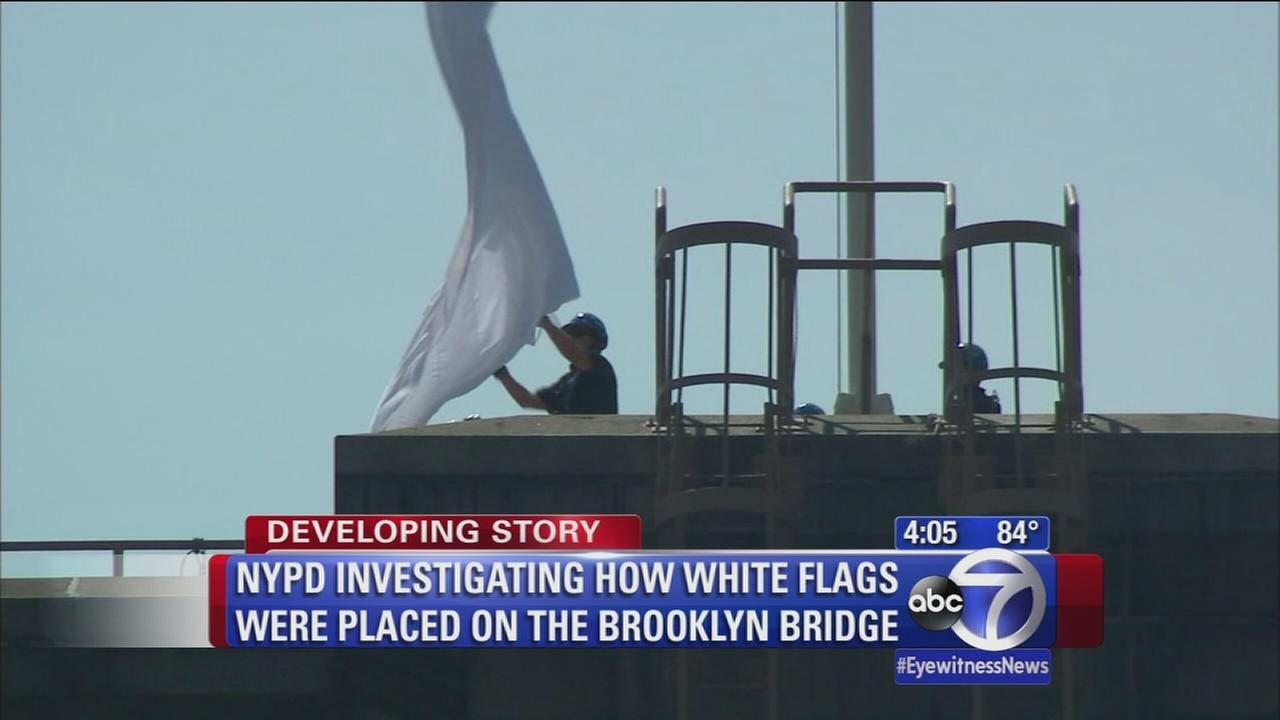 White flags removed from Brooklyn Bridge