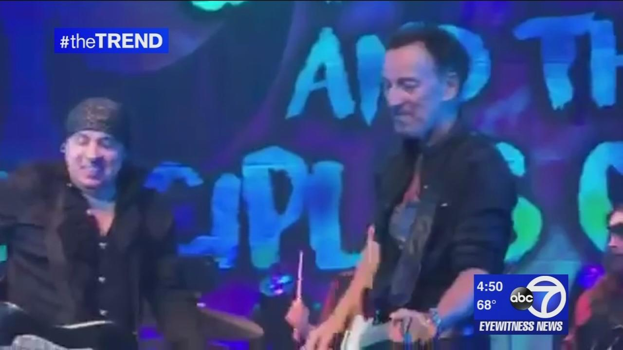 The Trend: Bruce Springsteen bringing show to intimate Broadway setting
