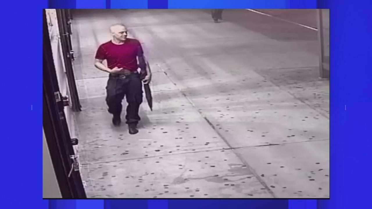 Suspect wanted in random stabbing of man in the Bronx