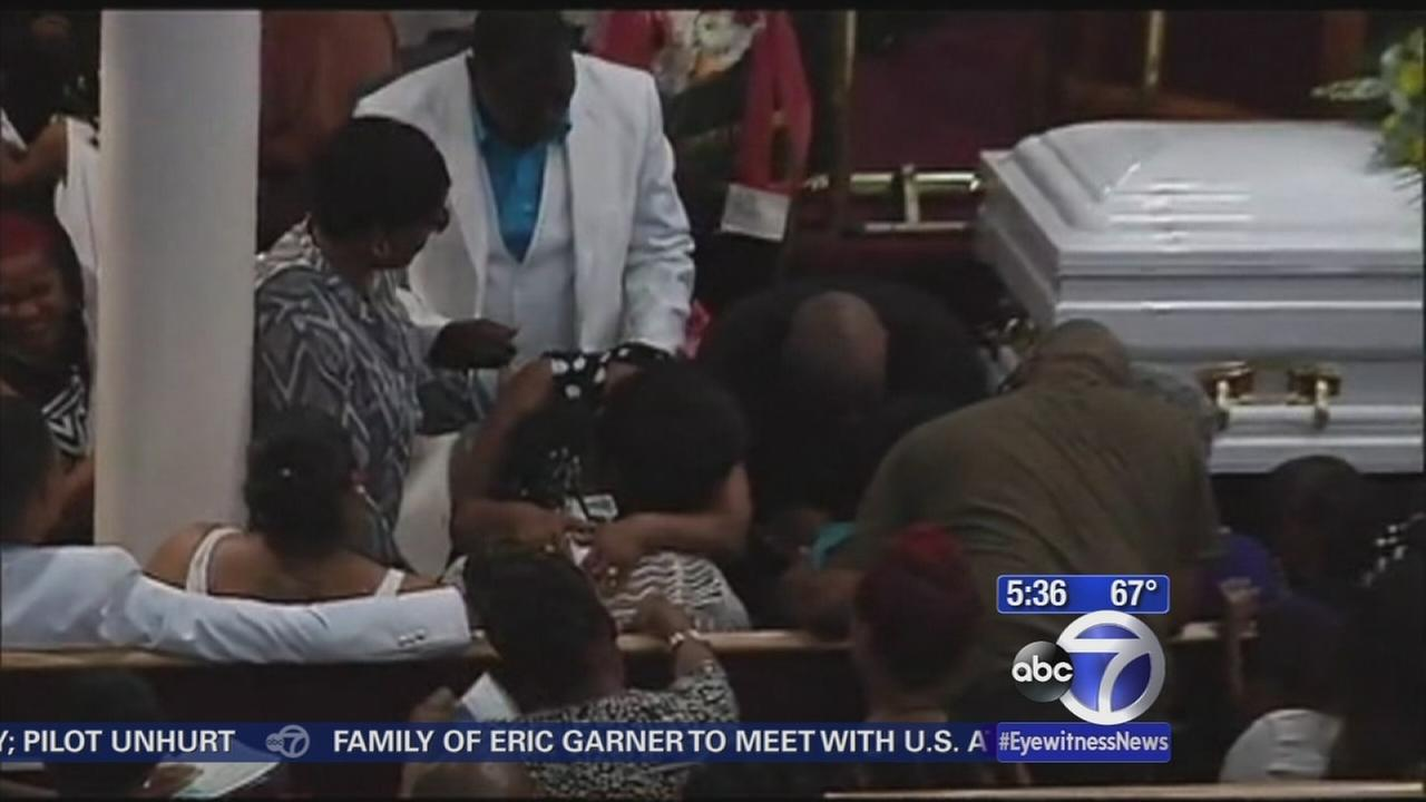 Family of Eric Garner plan to meet with federal prosecutors