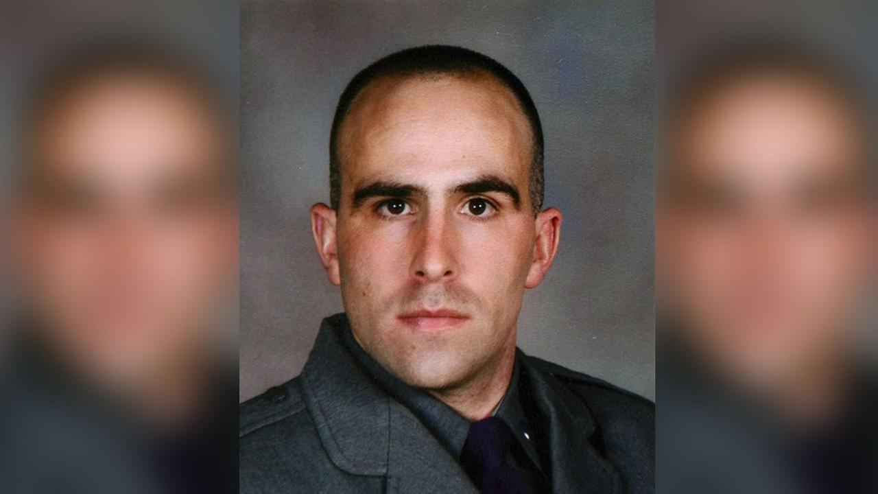 e909038d109f cbs46.com Army soldier charged with killing wife and New York State trooper