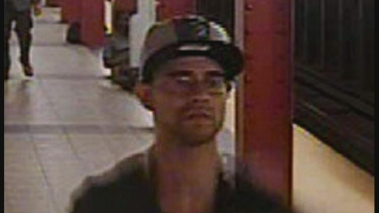 Suspect wanted in Midtown subway slashing