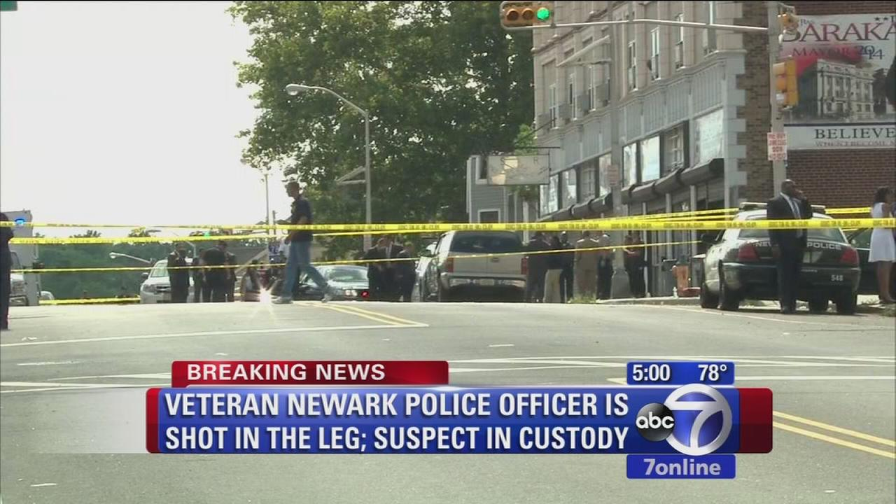 Veteran cop shot in leg in Newark