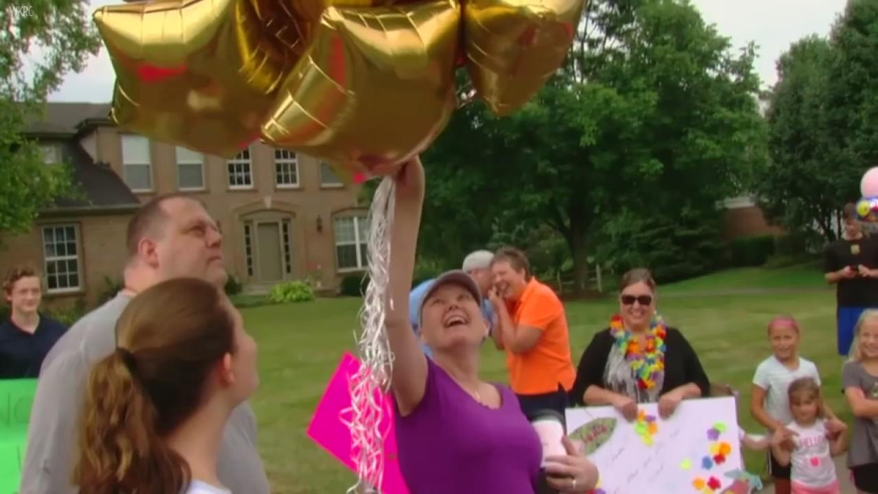 Cancer patient surprised with parade on day of last chemotherapy