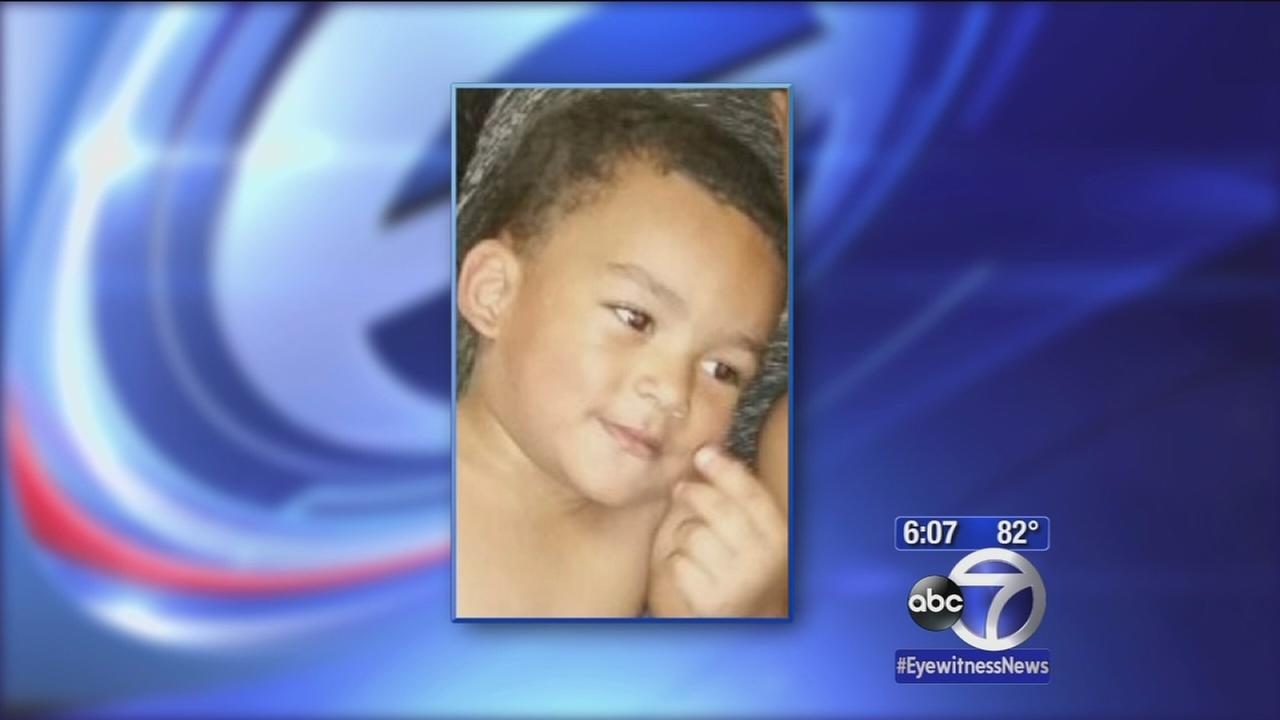 Police investigate fatal fall of 2-year-old from Bronx window