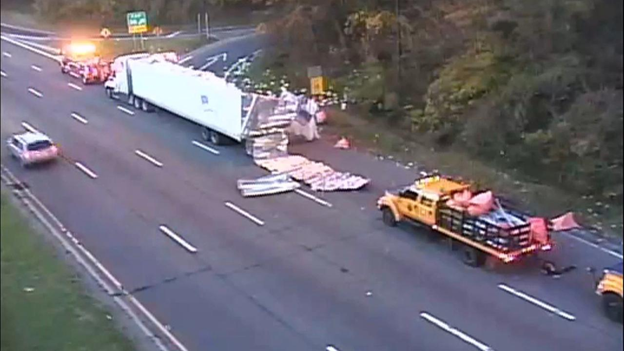 toilet paper truck northern state parkway