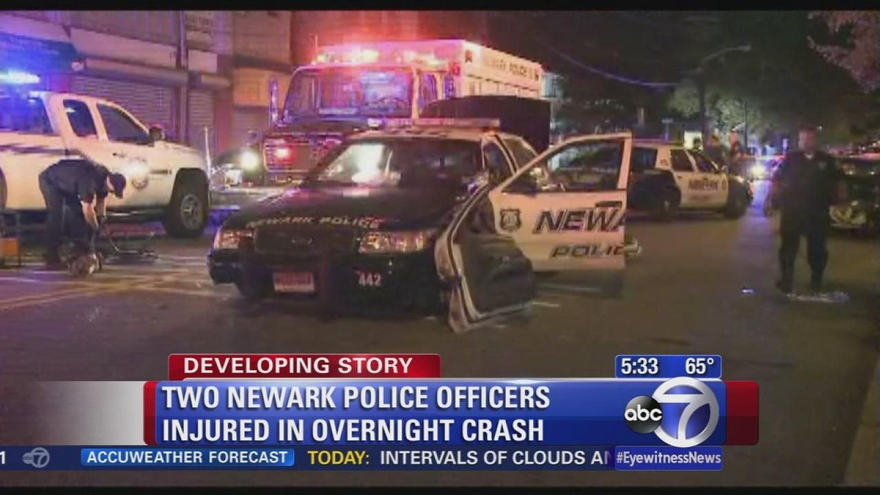 Crash in Newark leaves police officer injured
