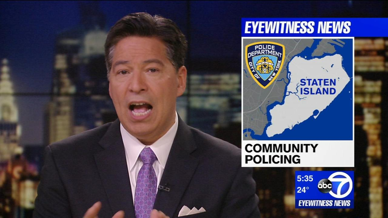 Staten Island residents discuss community issues with NYPD officials