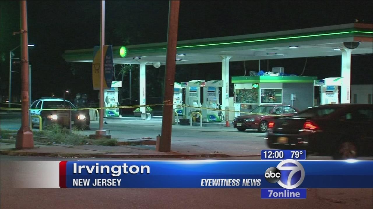Police hunt gunman after NJ gas station shooting
