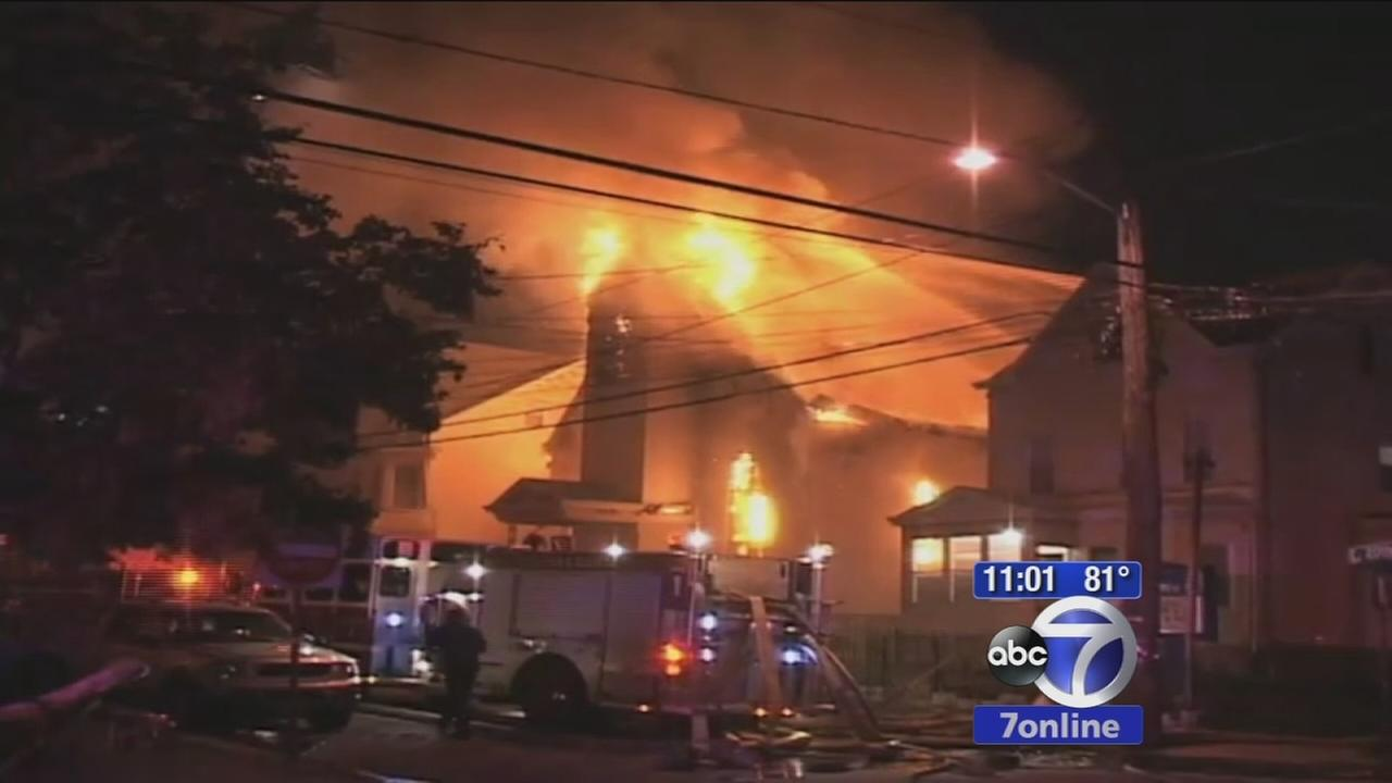 4-alarm fire destoys church in Paterson