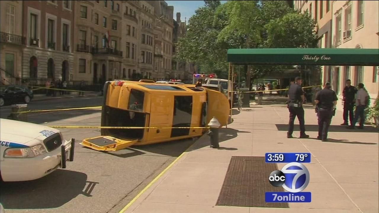 Woman hit by cab, killed on 79th Street