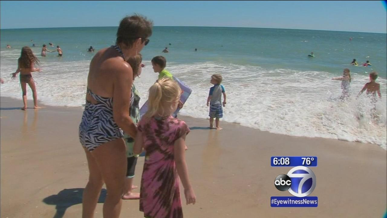 Beaches filled on Long Island despite rough water