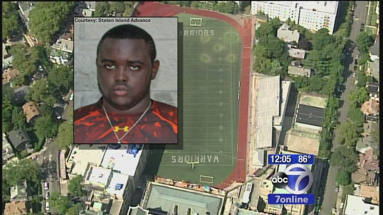 High school football player collapses during practice and dies