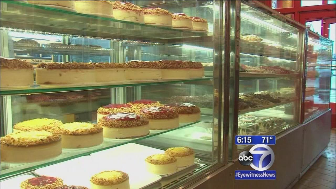 Cheesecake lovers rejoice: Juniors staying put