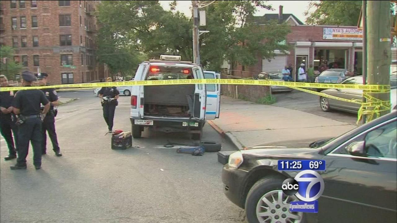 Pellet gun fired at NYPD vehicle in the Bronx