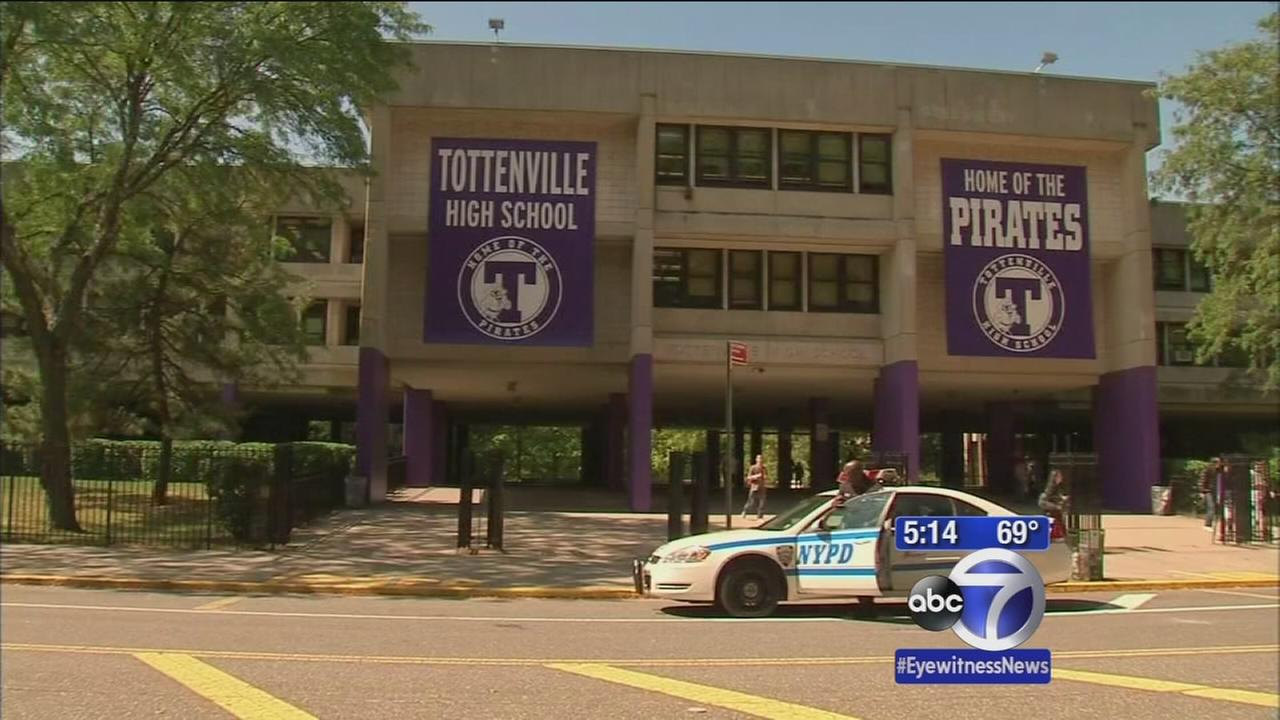 Students in Tottenville protest high schools strict new dress code