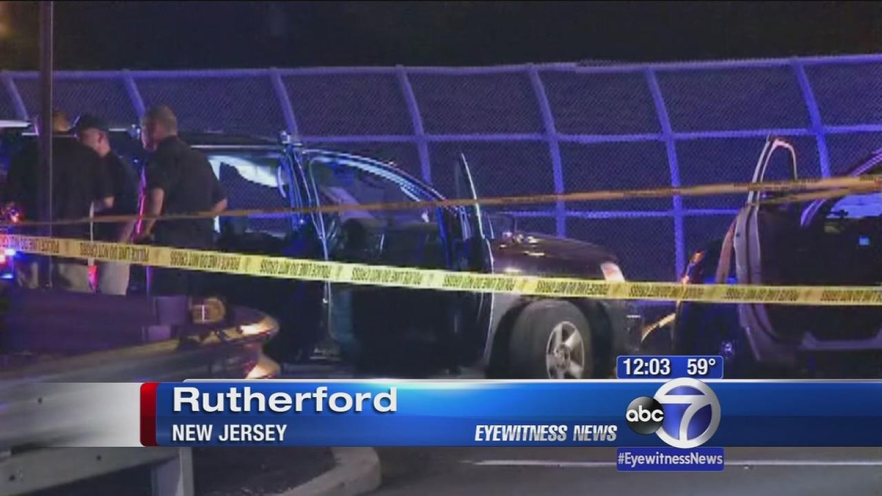 Police chase in NJ lends in fatal shooting