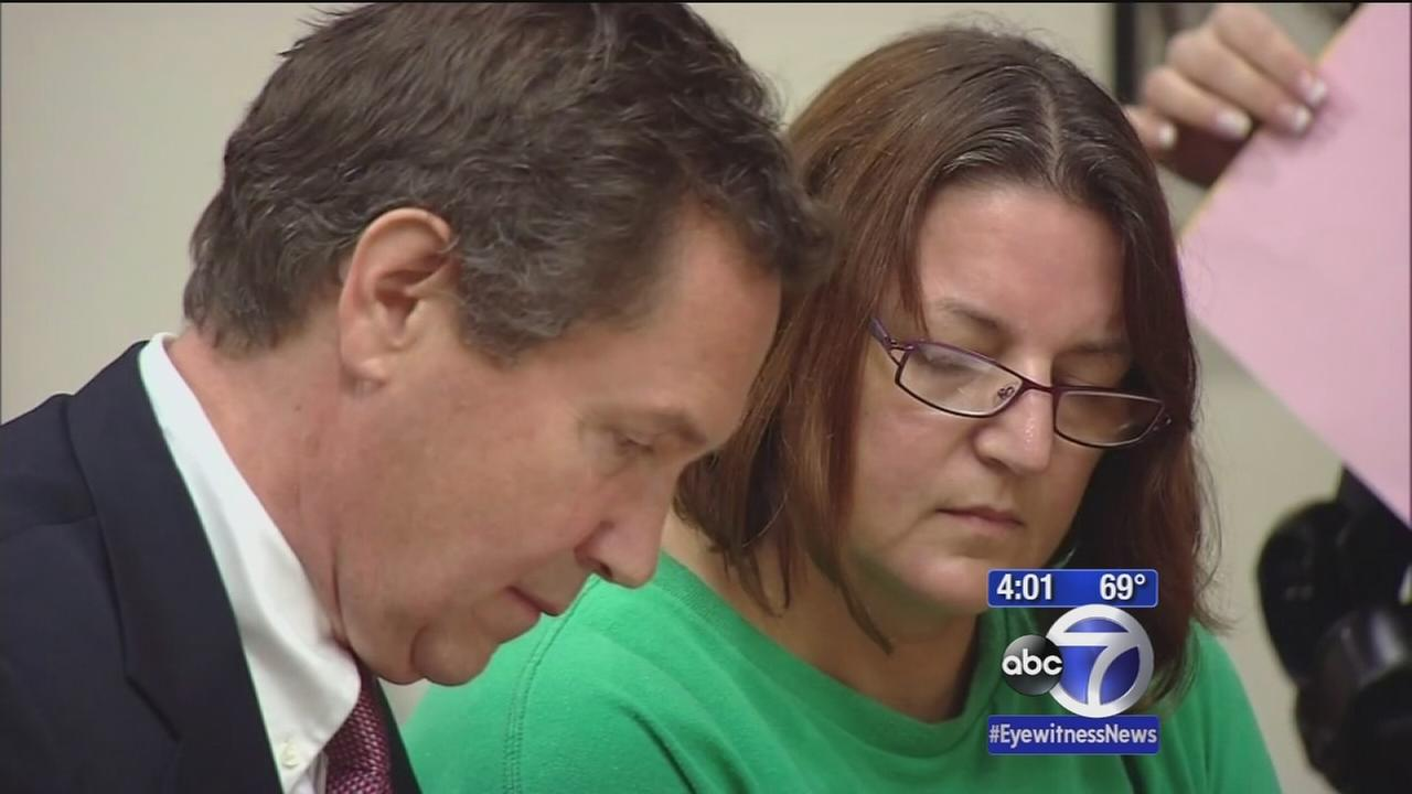 Mom arrested for sons 1991 death appears in court