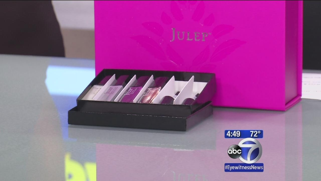 Secret Sales: Nail polish kit, macaroons