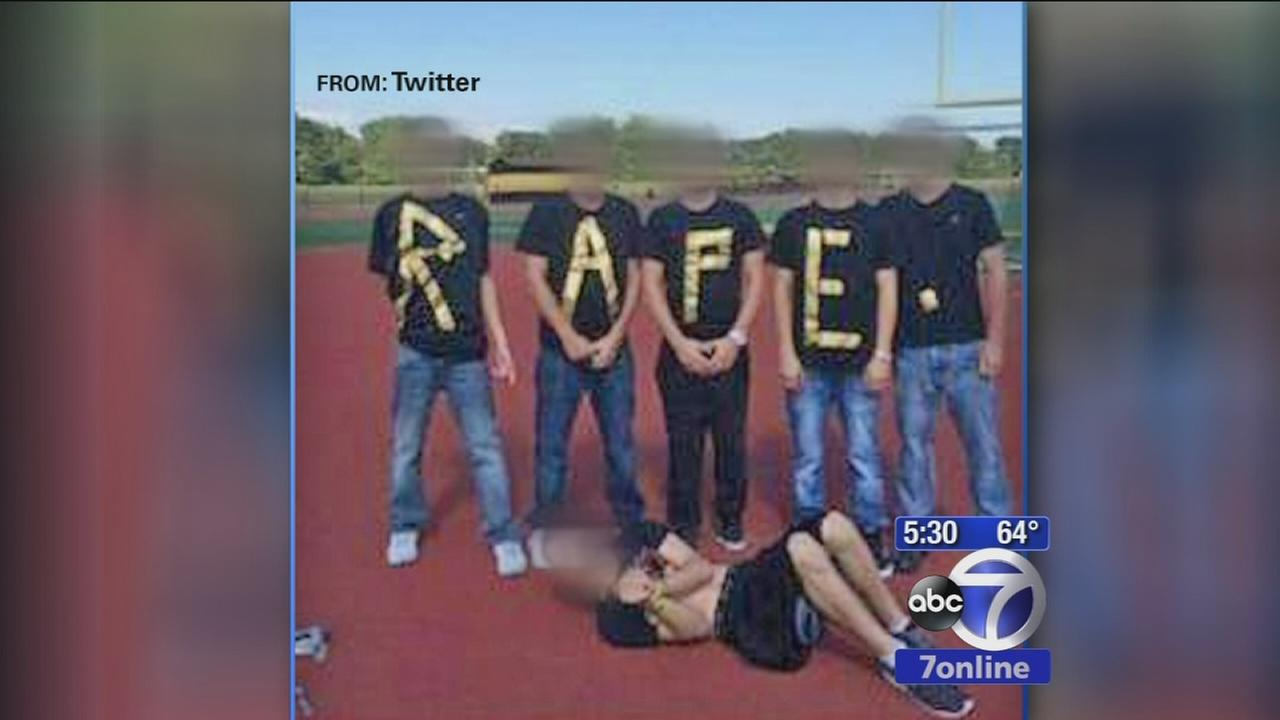 Students in trouble for rape picture on Twitter