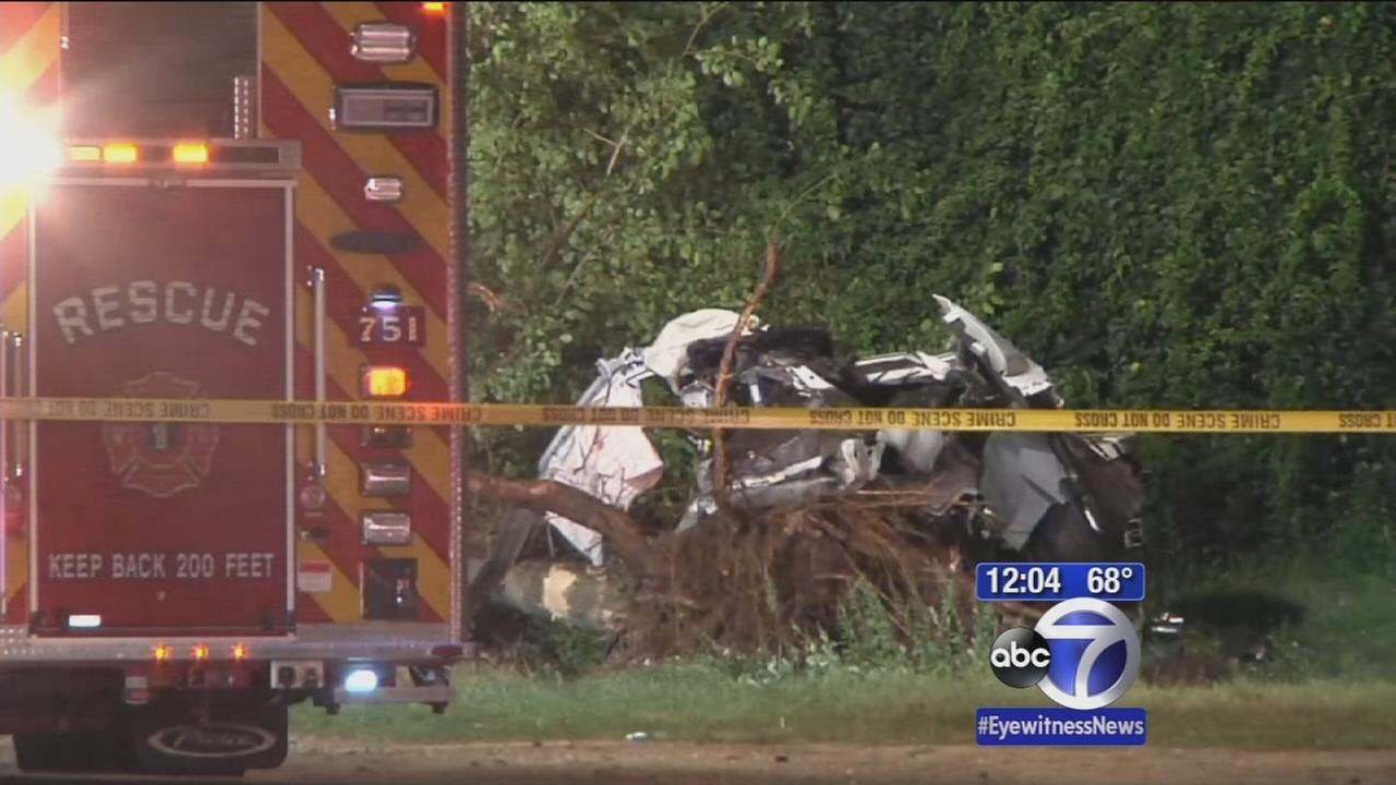 2 dead in horrific crash on Meadowbrook Parkway