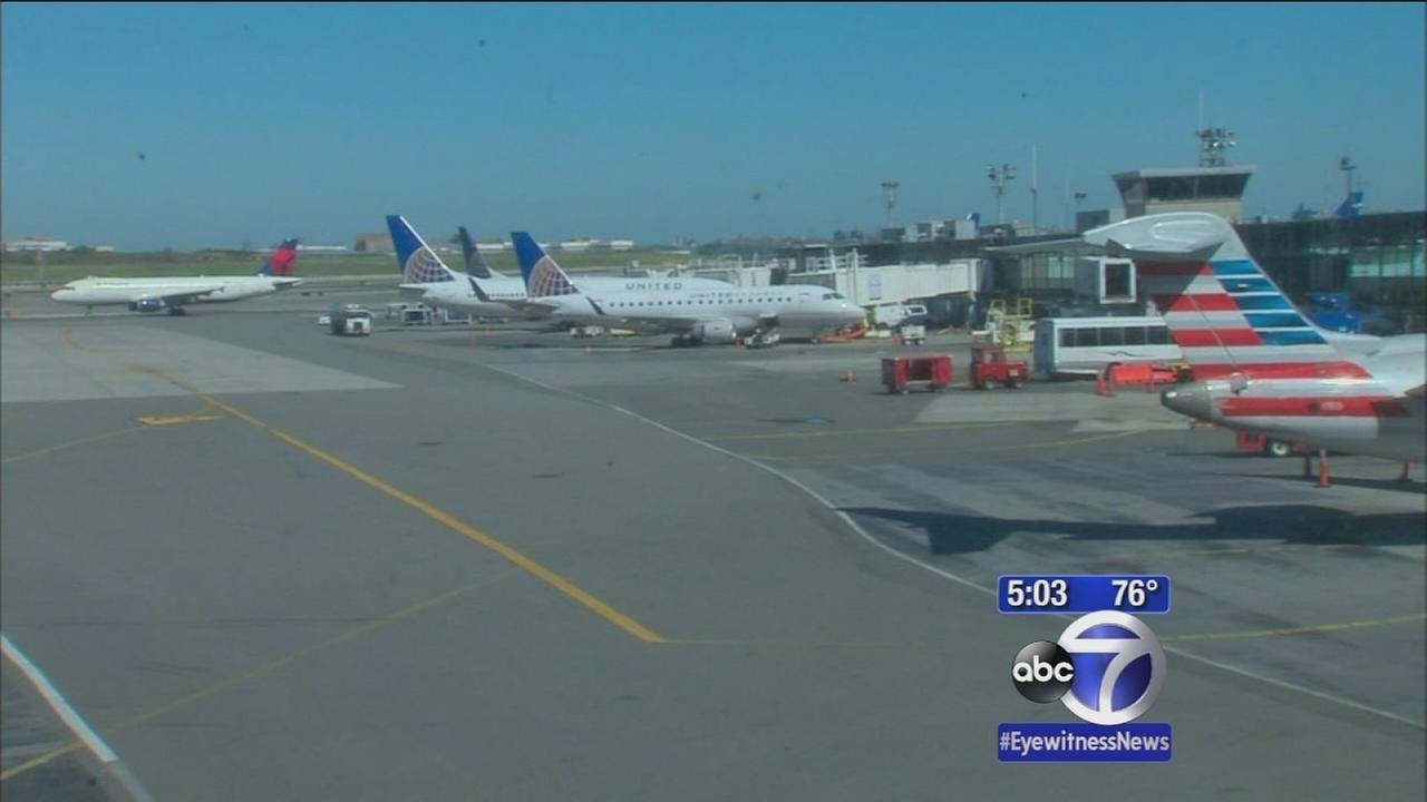 Fliers frustrated by Chicago airport fire, hold-ups