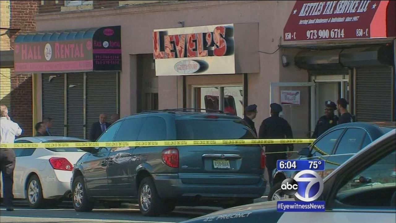Shopkeeper dead in Newark